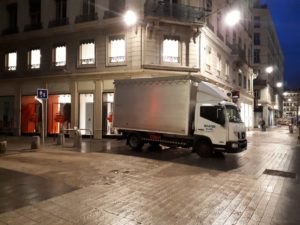 camion 2 rue commercial